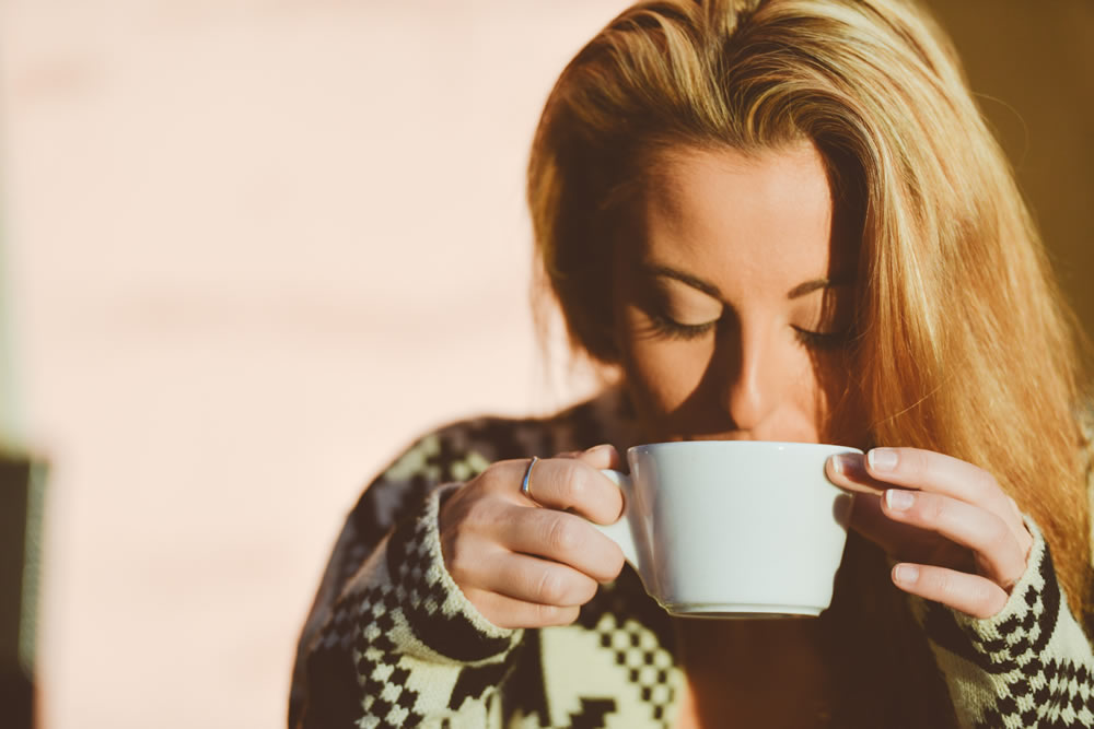 girl-drinking-coffee-cup